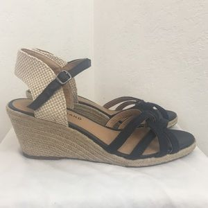 Lucky Brand-Blue and Cream Buckle Espadrilles-8.5